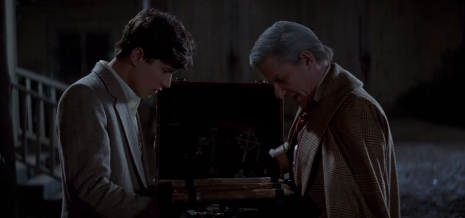 Fright_Night_85_Review_Images_V04