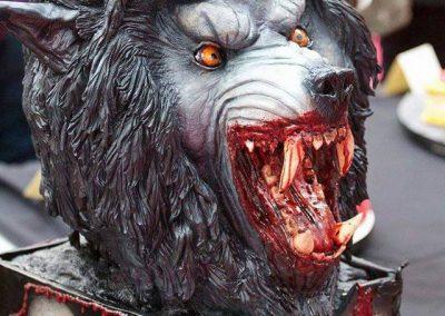 American_Werewolf_Cake_images_v01