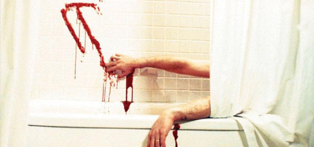 IT (1990) - 11 Scariest Bath Scenes In Horror Movie History