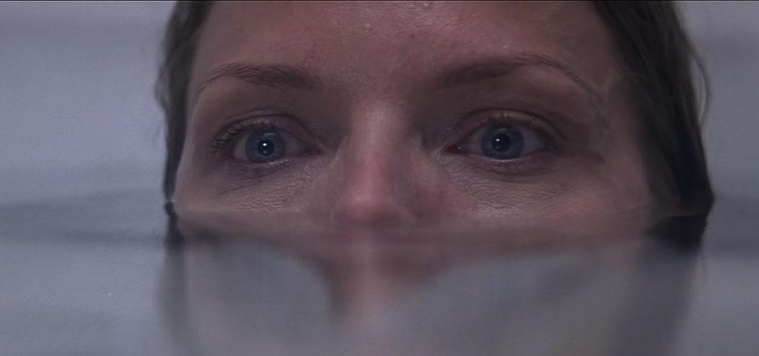 What Lies Beneath (2000) - 11 Scariest Bath Scenes In Horror Movie History