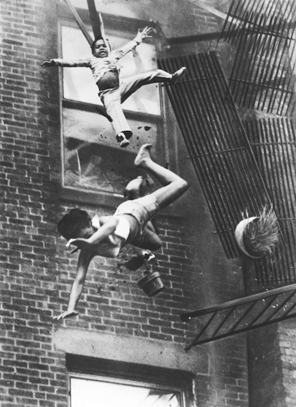 Fire Escape Collapse - Photos from History That Will Give You Nightmares