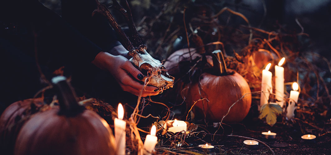 The Ultimate Horror Movie Halloween Playlists