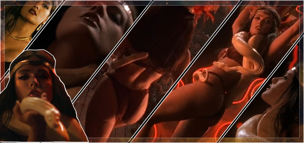 10 Sexiest Horror Vixens and Villains - From Dusk Till Dawn (1996) - Santanico Pandemonium