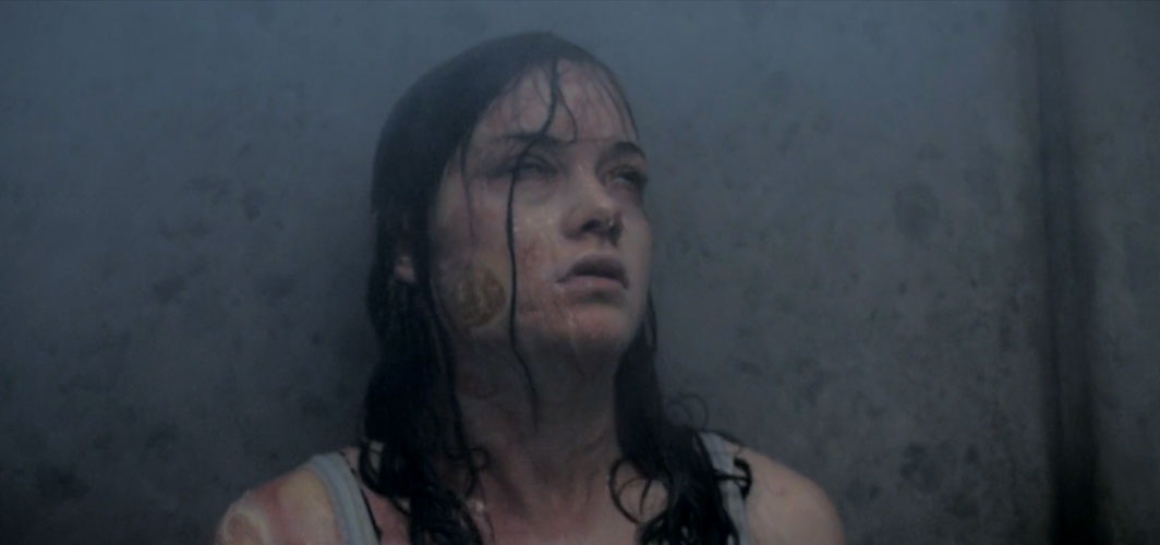 Evil Dead (2013) - 11 Scariest Shower Scenes in Horror
