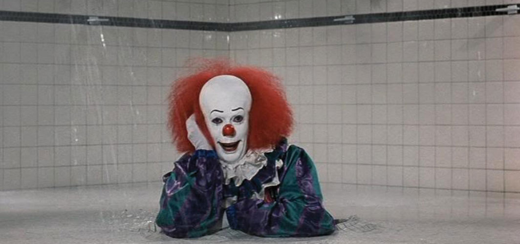 IT (1990) - 11 Scariest Shower Scenes in Horror