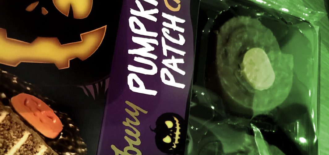 The Best UK Halloween Candy in 2020 - Cadbury – Pumpkin Patch Cakes - Horror Land